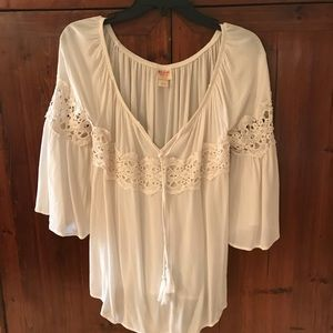 Tops - BOHO style top with lace
